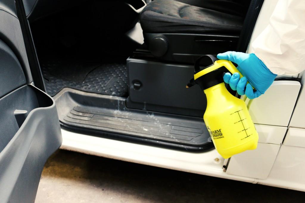 Buttersäure im Auto